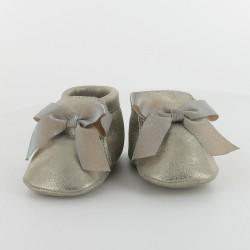 Chausson bébé élastiqué en cuir - Dauphin